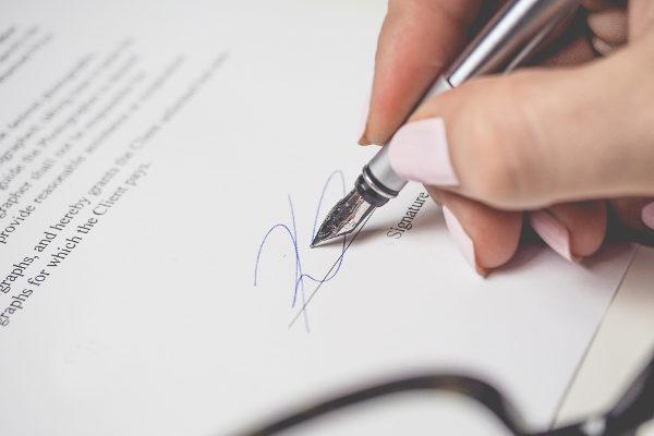 legislazione - Articoli inerenti l'argomento cremazione
